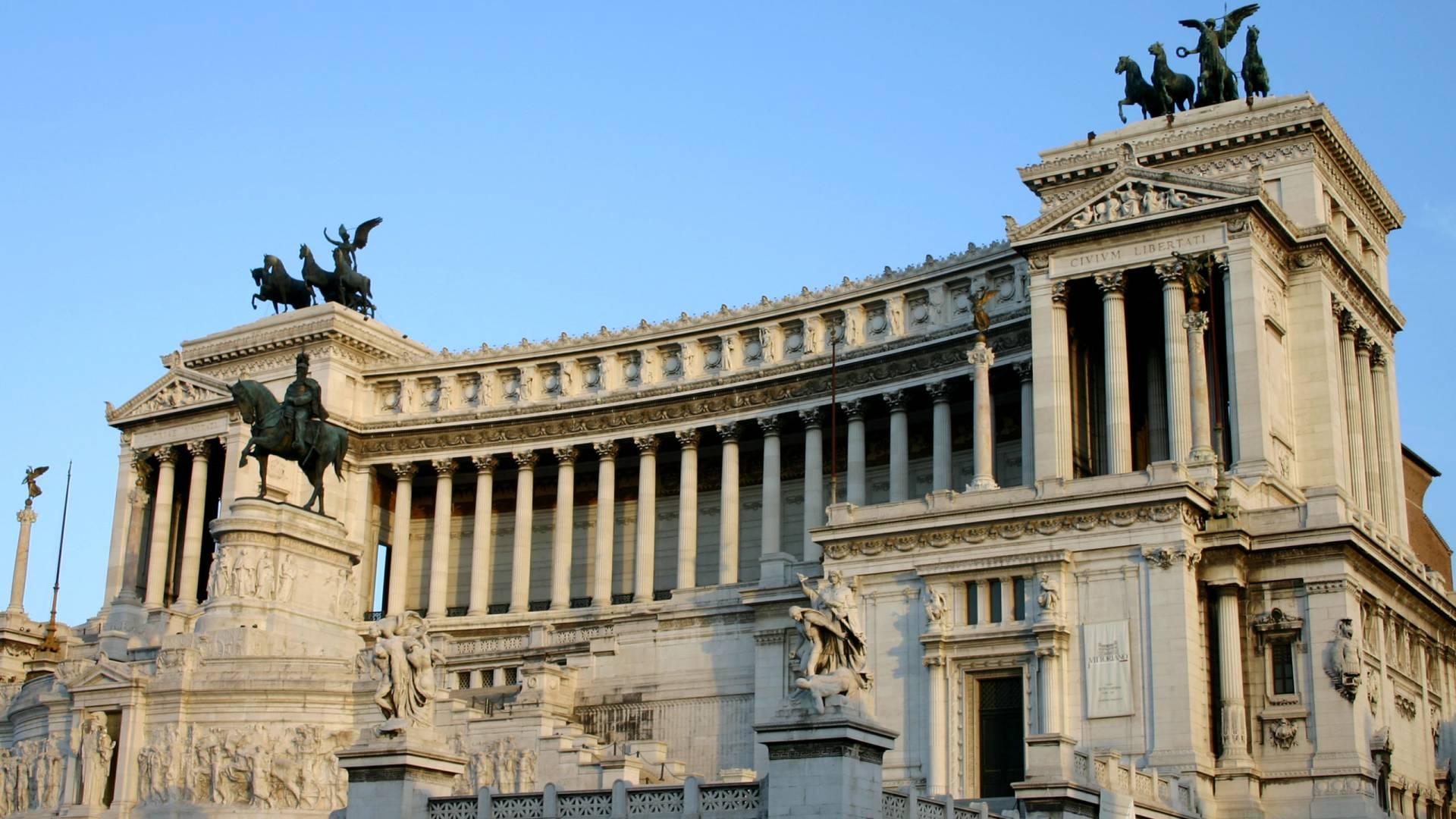 La Terrazza Delle Quadrighe Roma Dal Cielo